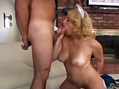 True Hardcore Natural tits ffm cousins vid. Enjoy watching
