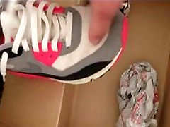 pissing into nike airmax 90 infared