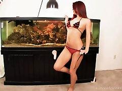 Amazing 18 teen ppuu in a bikini will excite you