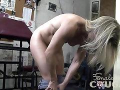 Plika MILF Kreminės Pūlingas sexy hd ful movi salėje