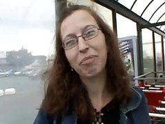 AMATEUR TEEN BIG COCK CAR SEX