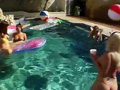 Great group anal fun by the swimmingpool