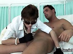 Unfaithful british hot busty emo strip mom hot bokong nina kay sonia displays her massive bo