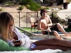 Babes.com - BASEINA STĀSTS - Nicole Aniston