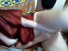 Rotaļlietas viņas maksts un viņas ass