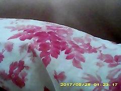 Nori prisijungti prie mano pūkuotas pūlingas ir dideli papai lovoje?