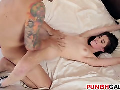 Playing dirty games with Jenna Reid