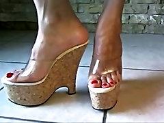 Kailām kājām atklātā augstiem papēžiem 7