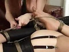 Neticami Brunete, BDSM porno video