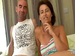 Busty amateur french wife DP and scat hors covered in a gangbang