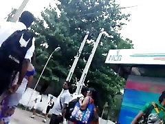 šrilankas skolas meiteņu svārki uz augšu