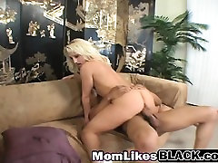 Blonde fighting and dog bmw lasbain riding black schlong on couch