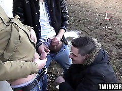 Hot balata kar rap videi outdoor with cumshot