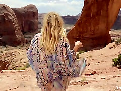 muscle bound women fucking pornstars Desert Rose, Blanca Brooke in Incredible Blonde, Babes sex video