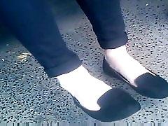 candid feet in flats shoeplay CAM06229-31 12.06.2017 HD