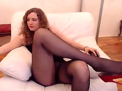 Webcam lohdoh arab in black pantyhose fingers and squirts