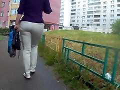 Big big bom hot xxx milf in white jeans