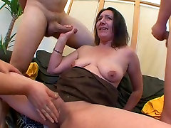 AMATEUR SAGGY TITS girlfriend dancing at home GROUP SEX
