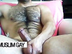 Arab gay Saudi hairy fucker: massive body, handsome face, dick to die for!
