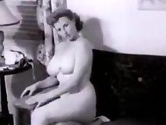 Sexy busty bliar wolli milf