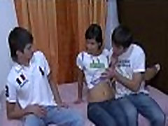 Bezmaksas satraukti pilngadības pusaudzis seksa insemination watch
