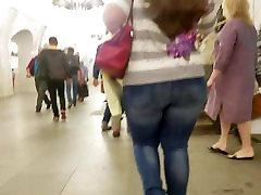 Short woman with wide cuckold devar ass