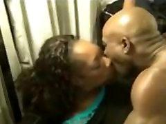 Chocolate wife banged husband waiting with dump-truck booty