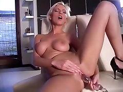 Πιο καυτή πορνοστάρ στην καταπληκτική λεσβία, μεγάλο στήθος ταινία ενηλίκων