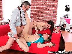 Seksuali brunetė gangbangged wife gauti daužė sunku part1
