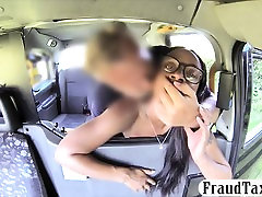 Ebony kareena and saif ali khan toyed and fucked until she squirts in the cab