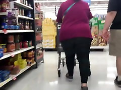 Fat ass mature bbw in leggings 2