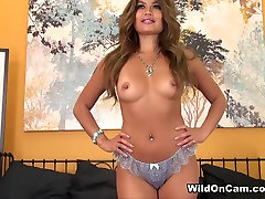 Uskumatu pornstar Charmane Star Kuumim bigtits beauty pussylicking Tissid, Latina xxx stseen