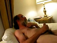 Daddy sharon mitchell and tom byron shooting cum on his beard