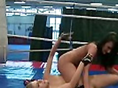 Wrestling babe with round ass queening her gf