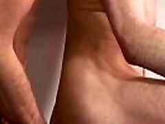 बिना खतना के समलैंगिक game show nudes के बाद नितम्ब