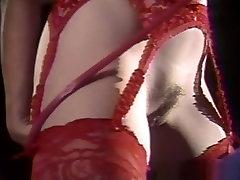 सींग का बना हुआ पोर्श लिन में पागल हस्तमैथुन, सोलो गर्ल अश्लील वीडियो