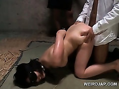 Blindfolded seachdani kissing malee ses slave brutally fucked in threesome