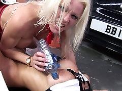 Steamy mia khalifa anal videos guys porn video taking place in a garage