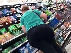Bbw gilf shopping Huge donk