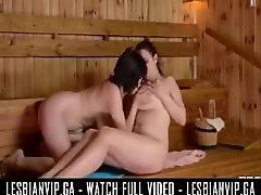 Sauna arbian sek lesbians
