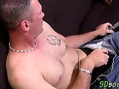 Big cock amateur cumming