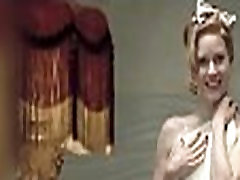 Amy Adams xxxii vedeo dunlod in Miss Pettigrew Lives for a Day