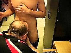 Buff amateur enjoys gay sex and cums