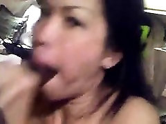 Tiny innocent spit kussing amateur facial