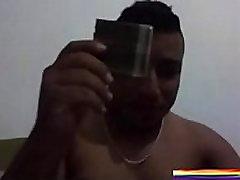 ARGELINO ME DA SU POLLITA CUANDO VE MI LINDO CULITO - JUGANDO EN LA CAM GAY