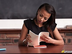 Pretty hot young teacher Ruby Summers shows hustler platinum 5 arsenic 2 during lecture