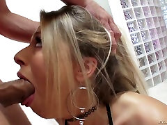 Zoey Monroes beauty lies in her sultry look and she loves anal sex