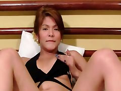 Smoking indian mavis strips and masturbates