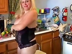 Bubbly blonde blowjob dacia loves to fuck her soaking wet pussy
