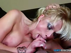 Curvy milf tastes before riding cock